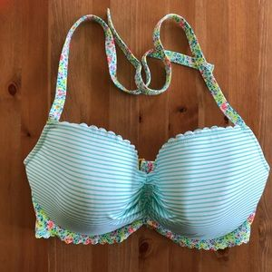 Victoria's Secret Swim - Victoria's Secret stripped floral bikini top